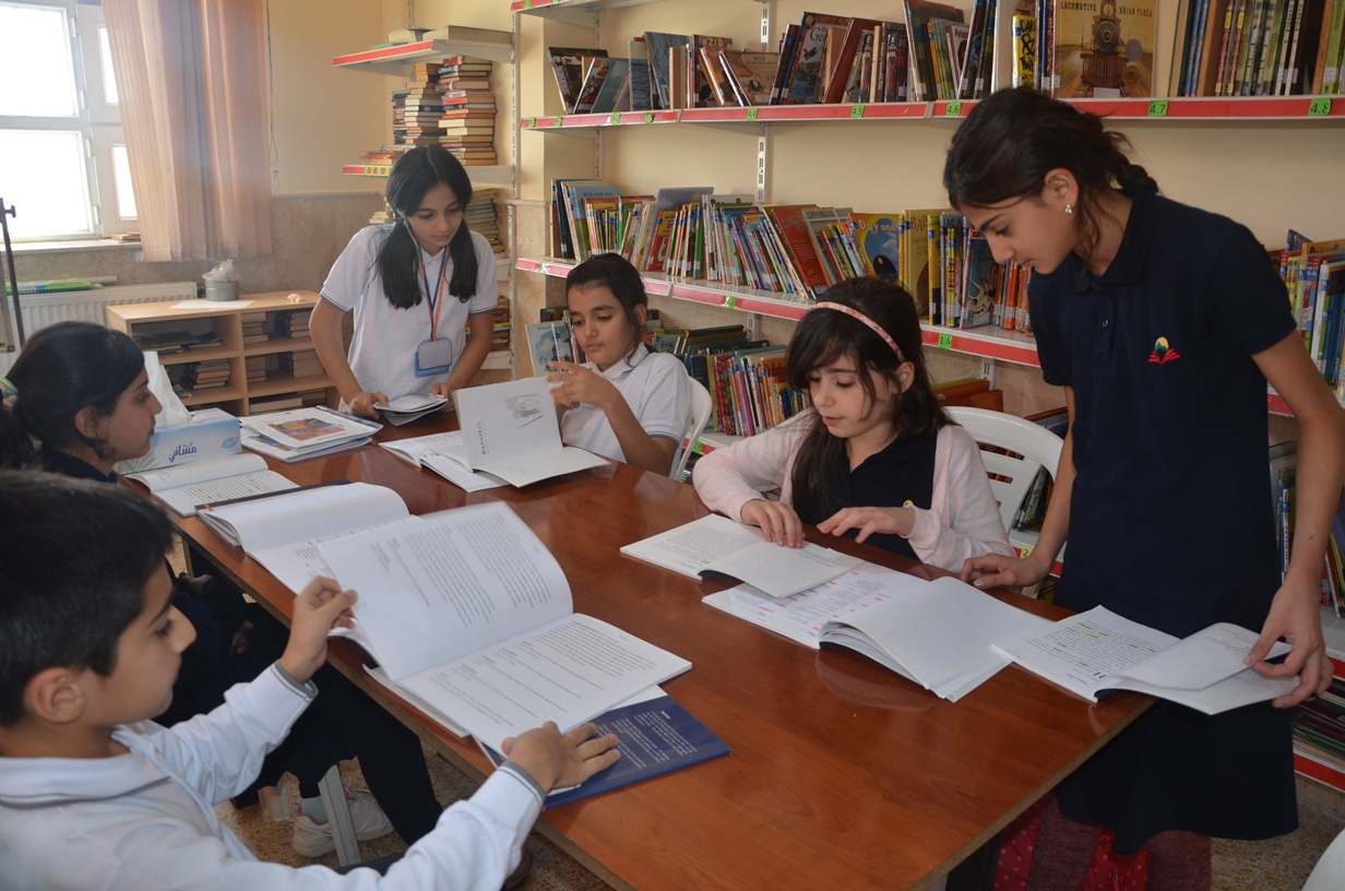 New Students at Sardam Receive Academic Support