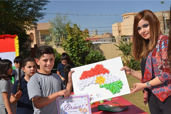 Sardam Students Design Their Own Flags